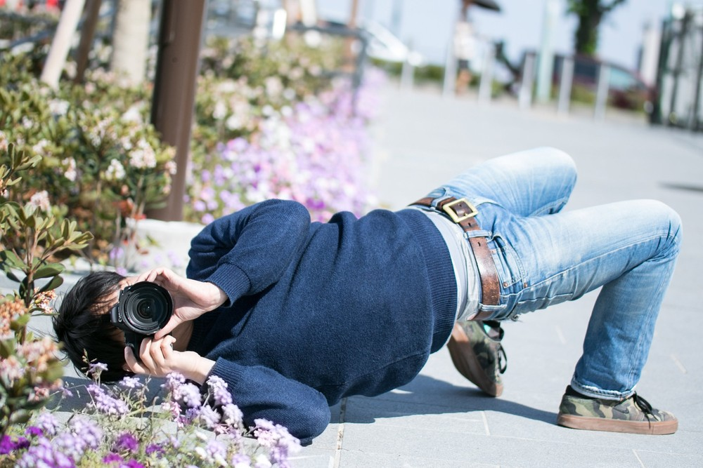 カメラばかりに夢中にならずに、少しはナマで我が子の姿を見なさい