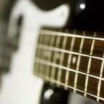 ベースの弦について。