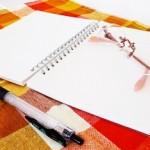 A5のスパイラルノートが絵で一杯になったので、今度はオレンジ色のノートを買った。