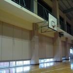 小学校の体育館でカラオケ大会