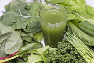 「葉っぱ」が、健康と長生きの秘訣なのだ~青汁飲み続けて1年以上経過