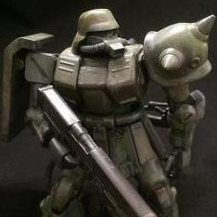 ドイツ兵のようなヘルメットがカッコ良いHGUC ザクII改