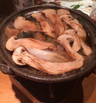 松茸と佐賀牛、そしてフグ刺し